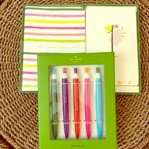 NWT. Kate Spade ♠️ stationary set plus pens.
